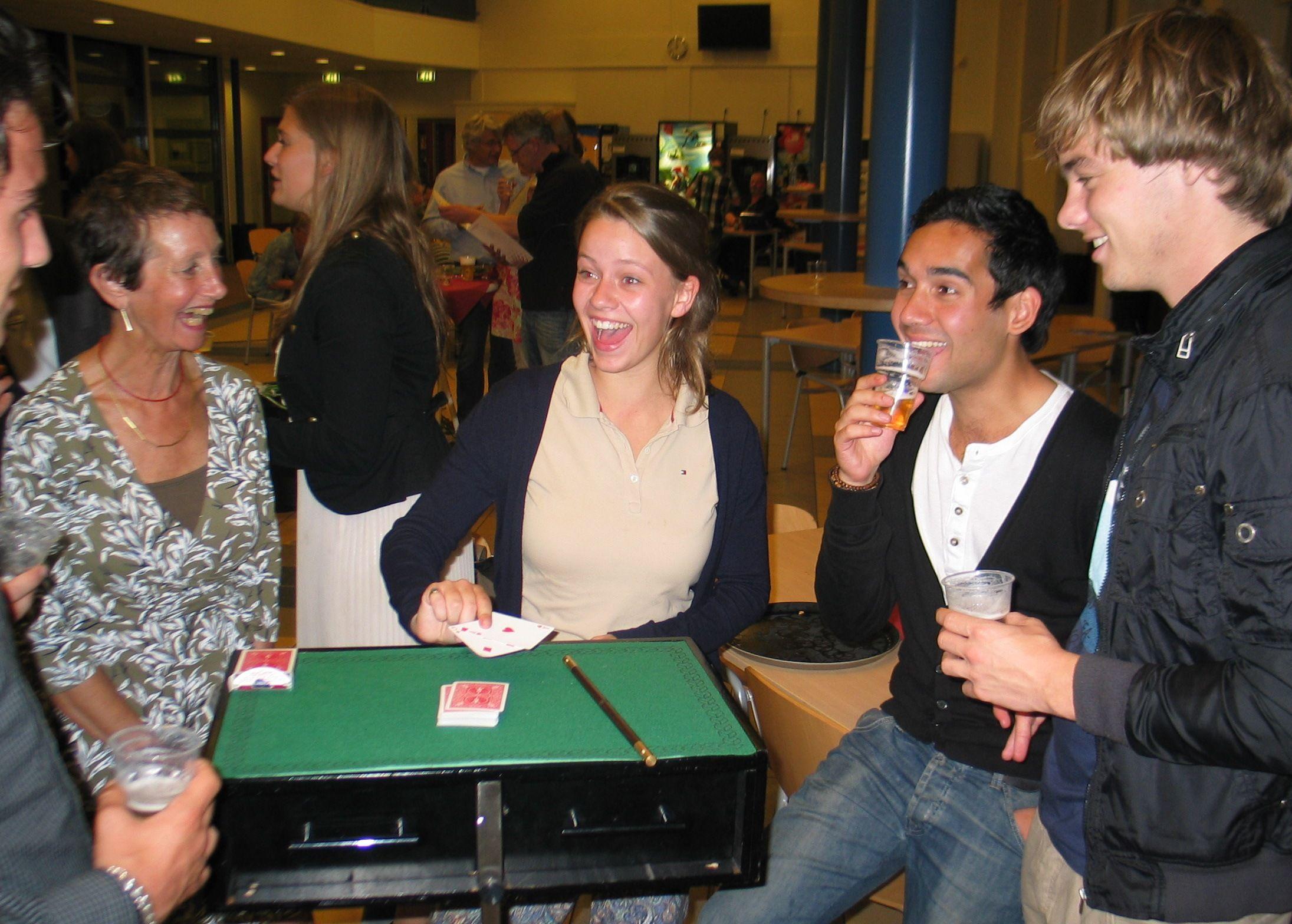Tafelgoochelaar Schoolfeest_20110630_Mencia_101